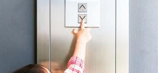 Kindersicherheit in Aufzügen
